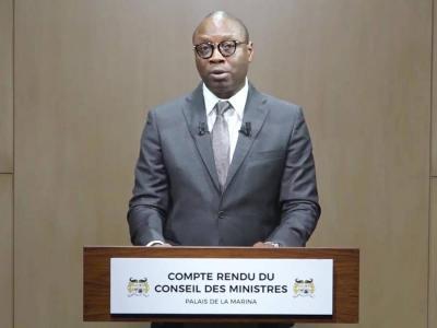 alain-orounla-ministre-de-la-communication-et-de-la-poste.jpg